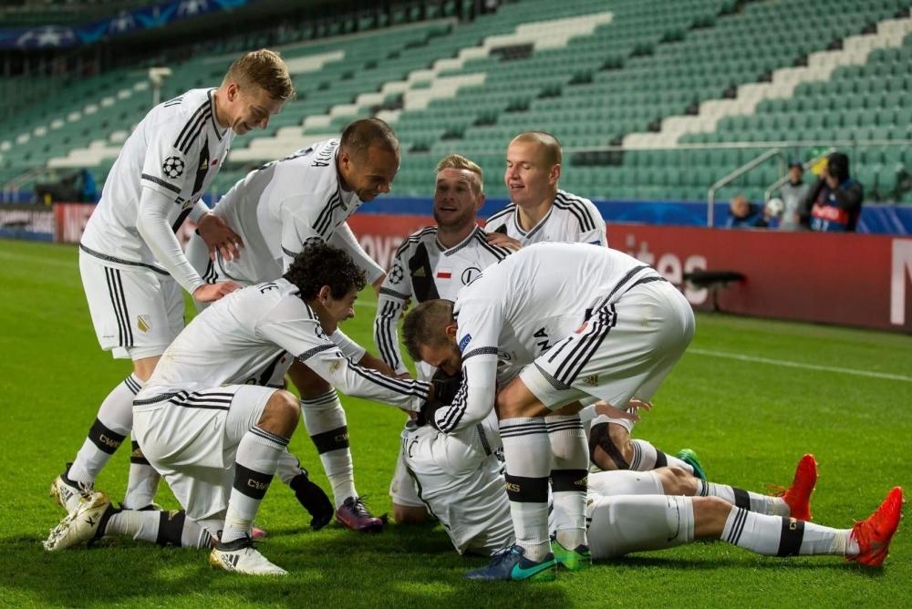 ba3f739fb Net - Legia Warszawa - Legia Warszawa - Real Madryt 3:3 (1:2) - Magiczna  Legia